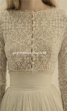 long sleeve wedding dress I loovveeee this.