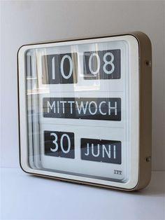 Big Solari Udine Dator 10 Airport Flip Clock by Gino