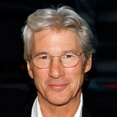 Stylish Men with Gray Hair - Stylish Men with Gray Hair: Richard Gere - Older Mens Hairstyles, Asian Men Hairstyle, Hairstyles For Round Faces, Haircuts For Men, Men's Hairstyles, Style Hairstyle, 50 Year Old Men, Men With Grey Hair, Gray Hair
