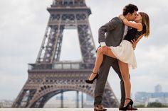 Paris photo sessions Kiss me in Paris