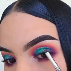 Perfect eye makeup looks! Love them all By: Cute Spring eye makeup idea 😍😍 Credits IG: A smokey eye look you haven't seen before, I assure you😍 by – IG Beautiful Makeup By: Greens Eye Makeup Glitter, Eyeshadow Makeup, Eyeshadows, Summer Eyeshadow, Bright Eyeshadow, Rave Makeup, Glam Makeup, Makeup Geek, Makeup Eye Looks