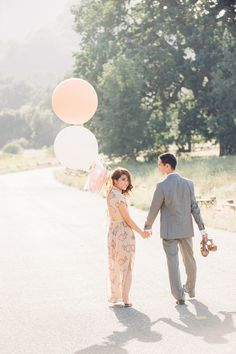 Romantic Malibu Canyon engagement session - http://fabyoubliss.com/2014/09/15/romantic-so-cal-engagement-by-melissa-gidney-photography