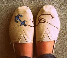 DIY Toms Shoes Design! Cute.