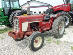 International 574 utility tractor.52 PTO hp from a 200 cid engine,4,680 lbs,20 gallon fuel tank,84 inch wheelbase