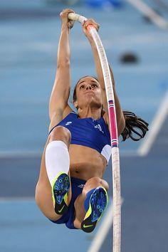 Greece's Ekaterini Stefanidi competes in the Women's Pole Vault Final during… Foto Sport, Heptathlon, The Sporting Life, Beautiful Athletes, Pole Vault, Long Jump, Athletic Girls, Artistic Gymnastics, Female Gymnast