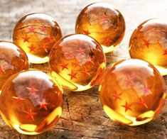 Start thinking of a good wish because with the Dragon Ball Z set in your possession, anything is possible. After decades of searching the globe, the seven dragon balls have finally been tracked and are ready to be used - immortality is finally yours!