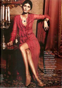 """Giovanna Battaglia for March 2011 Vogue Brasil in """"Musa De Ouro"""""""