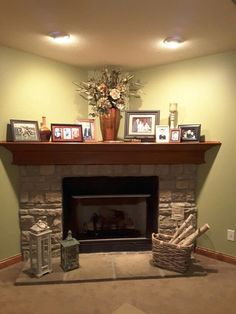 Corner Gas Fireplace Ideas Stunning Fireplace Tile Ideas For Your Home Corner Gas Fireplace Design Pictures Corner Mantle Decor, Corner Fireplace Mantels, Corner Electric Fireplace, Farmhouse Fireplace Mantels, Fireplace Hearth, Modern Fireplace, Living Room With Fireplace, Fireplace Design, Living Room Decor