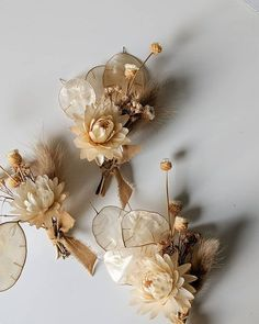 The Hottest Wedding Flower Trend: Dried Flowers – Blumenkranz Haare Wedding Flower Guide, Flower Crown Wedding, Floral Wedding, Wedding Centerpieces, Wedding Bouquets, Wedding Decorations, Centerpiece Flowers, Centerpiece Ideas, Wedding Dresses