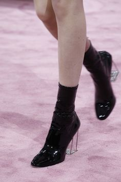 Christian Dior Spring 2015 Couture Fashion Show fashion shoes Couture Christian Dior, Dior Haute Couture, Christian Dior Vintage, Couture Fashion, Runway Fashion, Christian Christian, Couture 2015, Couture Heels, Fashion Glamour