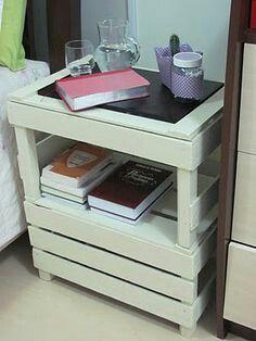 más y más manualidades: Transforma las cajas de madera en pequeños pero prácticos muebles