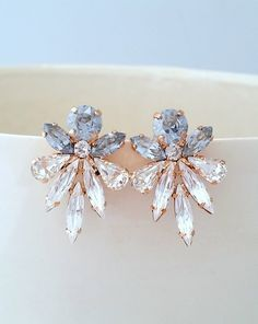Pure White Crystal Stud Earrings, White Geode Earrings, Bridal Jewelry Gift, Snow White Geode on Gold Posts, White Party Attire for Her - Fine Jewelry Ideas Blue Earrings, Bridal Earrings, Crystal Earrings, Statement Earrings, Wedding Jewelry, Diamond Earrings, Wedding Rings, Indian Earrings, Opal Necklace