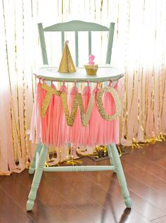 LOVE this highchair party decor. Pink and Gold birthday theme. Will work for birthday too! Pink And Gold Birthday Party, Gold First Birthday, Second Birthday Ideas, Little Girl Birthday, Baby Birthday, First Birthday Parties, Birthday Party Themes, First Birthdays, Gold Party