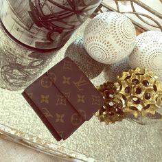 LV Elise Wallet Date Code: SD0021 In good condition, no rips or stains, little scratches on gold button in coin holder. Ask any questions before buying. Louis Vuitton Bags Wallets