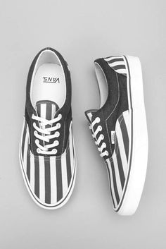 Stripe tease.