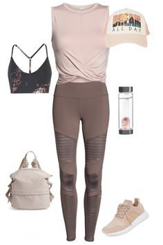 Workout Outfit: 'California Dreamer' Women's Workout Outfit - Outfit Seek fitness clothes clothes cute clothes for women clothes lululemon Cute Workout Outfits, Workout Attire, Womens Workout Outfits, Workout Wear, Workout Fitness, Workout Tanks, Workout Shoes, Fitness Gear, Sporty Outfits For Women