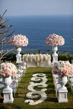 How beautiful this destination wedding in Bali! Samuel Lippke Studios