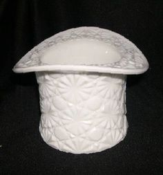 "Fenton Daisy & Button Milk Glass 3"" Hat"