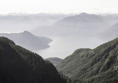Lost Paradise von Isabel Nao gibt es auf www.pabloart.ch für CHF 100 zu kaufen. Viele weitere schöne Kunstwerke aufstrebender, talentierter KünstlerInnen auf www.pabloart.ch Lost Paradise, Chf, Mountains, Nature, Travel, Artworks, Nice Asses, Naturaleza, Viajes