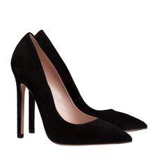 black shoes, pumps Louboutin Pumps, Christian Louboutin, Black Shoes, Stiletto Heels, Fashion, Moda, Fashion Styles, Fashion Illustrations, High Heel