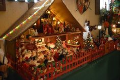 Found on EstateSales.NET: The North Pole miniature Christmas Holiday scene.