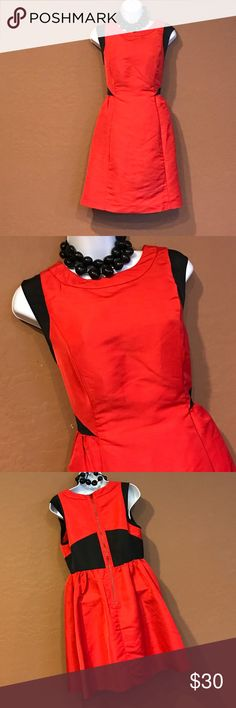 👗Gorgeous Flare Red Black Cocktail Dress Excellent Condition, flare, lined, visible gold zipper, sleeveless, black trim. Absolutely gorgeous for any cocktail party. Prabal Gurung for Target Dresses