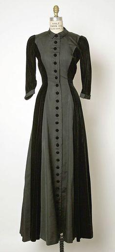 Black silk taffeta and velvet evening dress, by Cristobal Balenciaga, French, late 1940s.