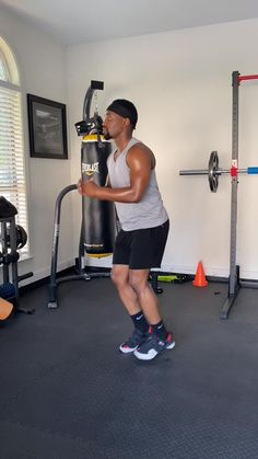 Mens Cardio Workout, 12 Minute Workout, Hiit Workouts For Beginners, Hitt Workout, Hiit Workout At Home, Cardio Workout At Home, Home Leg Workout Men, Best Hiit Workouts Fat Burning, Fat Burning Home Workout