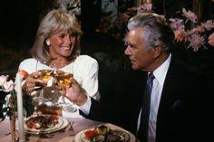 John Forsythe and Linda Evans in Dynasty Dynasty Tv Series, Dynasty Tv Show, John Forsythe, Der Denver Clan, Itv Shows, Linda Evans, Original Supermodels, 80s Tv, Tv Soap