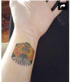 unique Body - Tattoo's - Book Tattoo on Wrist by David Bruehl Cliche Tattoo, Hp Tattoo, Book Tattoo, Tattoo You, Tattoo Small, Tattoo Flash, Bookish Tattoos, Literary Tattoos, Mini Tattoos