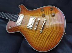 Knaggs Guitars  Steve Stevens SSC in VintageBurst