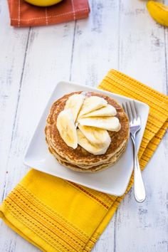 Healthy Low-fat Whole Wheat Banana Pancakes