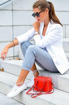 New outfit online :: wearing a white blazer & sneaker ballerina