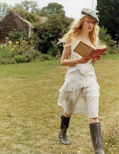 reading in wellies | HIGH ad campaign spring/summer 2011