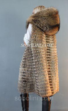 Модная парка хаки с мехом канадского енота и отстежкой на жилет  продажа,  цена в Харькове. куртки женские от