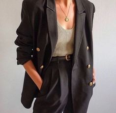 Super how to wear blazer work outfits classy Ideas Super how to wear blazer work outfits classy Ideas Look Fashion, Korean Fashion, High Fashion, French Fashion, Parisian Fashion, Tomboy Fashion, Fashion Mode, Petite Fashion, Fashion Rings