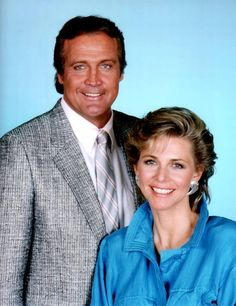 Lindsay Wagner as Jaime Sommers and Lee Majors as Col. Steve Austin in The Return of the Six-Million-Dollar Man and the Bionic Woman a (1987) Action Sci-Fi Tv Movie.
