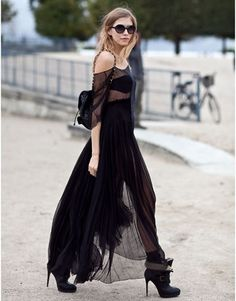 Street Style: Paris Fashion Week  ...And a side look at Elena Perminova.