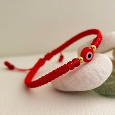 eyes have it Red thread macrame bracelet for protection with red Turkish eye, gold sterling silver and miyuki bea Macrame Bracelet Diy, Red String Bracelet, Bracelet Crafts, Macrame Bag, Evil Eye Jewelry, Evil Eye Bracelet, Braided Bracelets, Friendship Bracelets, Bead Jewellery