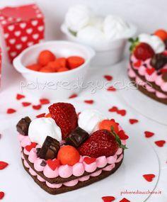 Cake Cookies, Cupcakes, Valentine Desserts, Creative Desserts, Biscuit Cake, Number Cakes, Cream Pie, Sweet Cakes, Love Cake