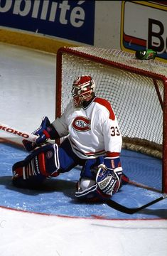 Hockey Goalie, Ice Hockey, Montreal Canadiens, Patrick Roy, Saint Patrick, Goalie Mask, Nhl Players, Cool Masks, Sports Figures