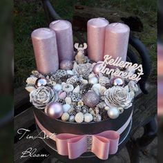 Christmas Items, Winter Christmas, Christmas Wreaths, Christmas Decorations, Xmas, Table Decorations, Advent, Christmas Candle Holders, Topiary