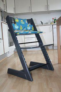 Vi fik en gammel Stokke trip trap stol foræret da vores søn var ca 6mdr. Den trængte til en kærlig hånd da den var brugt af 2 børn og nok va...