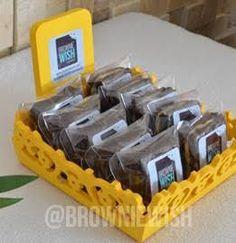 Resultado de imagem para expositor de brownie