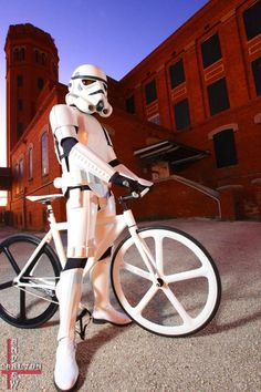 Stormtrooper Rides a Fixed Gear -  Makes me smile