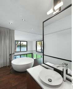 Neat Bathroom