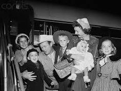 Roy Rogers & Dale Evans and family. I can't believe I found all these pics.! Love!