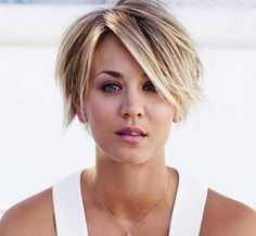 How did you find Kaley Cuoco with a pixie cut? We think it suits her very well Big Chop Hairstyles Cuoco cut find Kaley Pixie Suits Cute Hairstyles For Short Hair, Pretty Hairstyles, Bob Hairstyles, Short Hair Long Bangs, Short Choppy Haircuts, Trendy Hair, Hair Styles 2014, Medium Hair Styles, Short Hair Styles