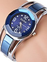 Women's+Ladies+Bracelet+Watch+Simulated+Diamond+Watch+Quartz+Stainless+Steel+Black+/+Blue+Rhinestone+Imitation+Diamond+Analog+Bangle+Fashion+Dress+Watch+-+Black+Blue+Navy+One+Year+Battery+Life+–+GBP+£+21.75