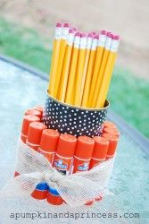 Pencil Holder, Teacher Gift, Back to School, Craft, DIY  Mothers Love Free Information on how to (Make Money Online)  http://ibourl.com/1nss